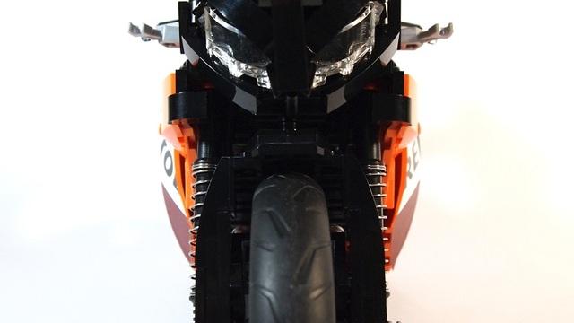 motogp-lego