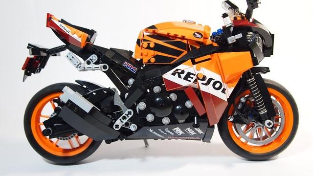 repsol-lego-marquez