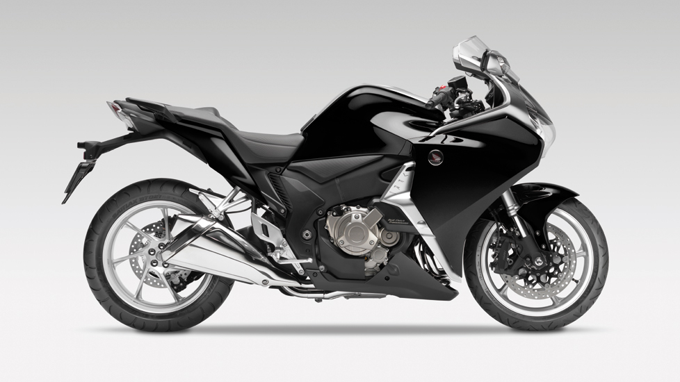 honda vfr 1200 f fiche technique avis et prix la poign e dans l 39 angle. Black Bedroom Furniture Sets. Home Design Ideas
