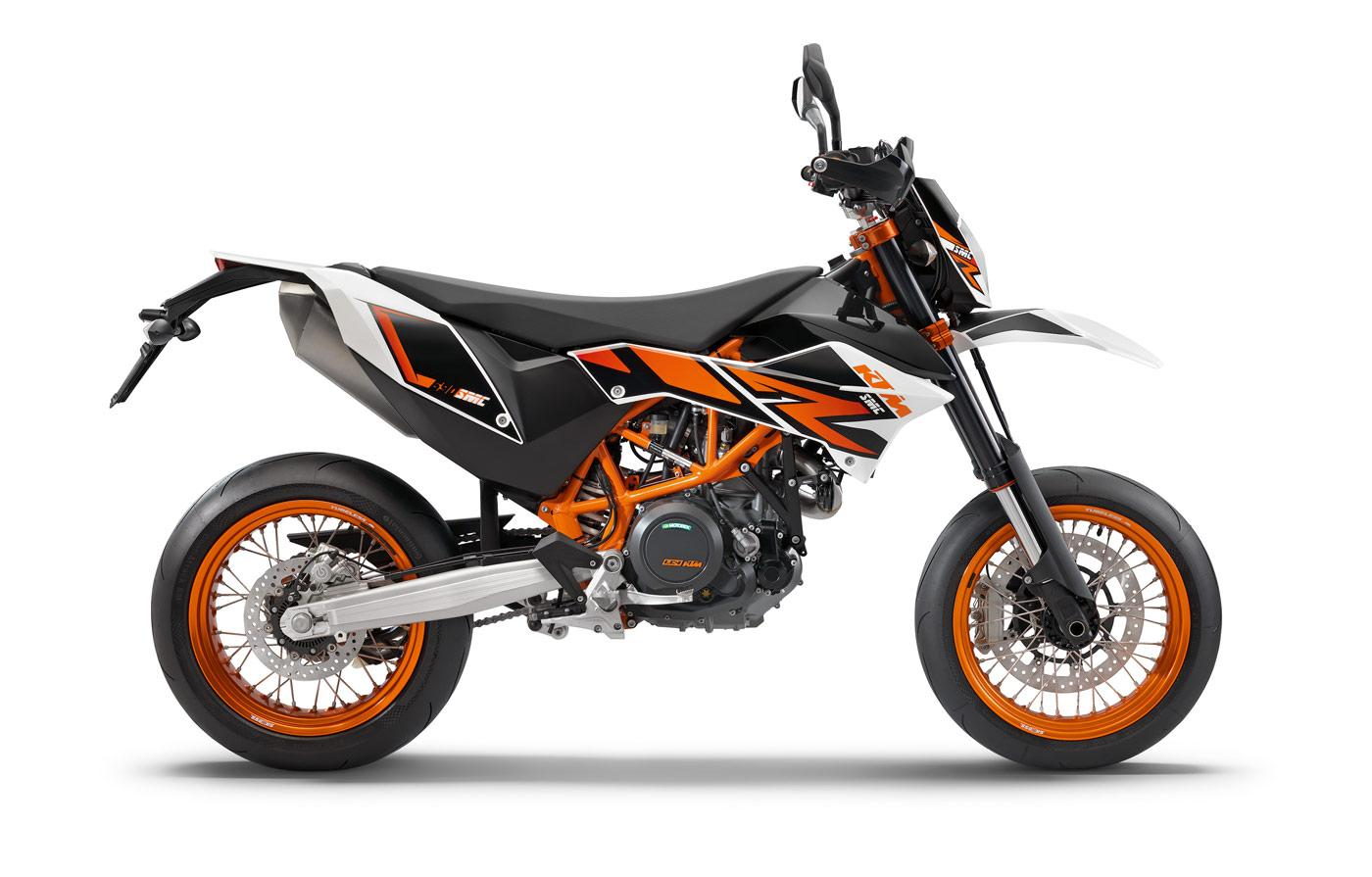 ktm 690 smc r fiche technique avis et prix la poign e dans l 39 angle. Black Bedroom Furniture Sets. Home Design Ideas
