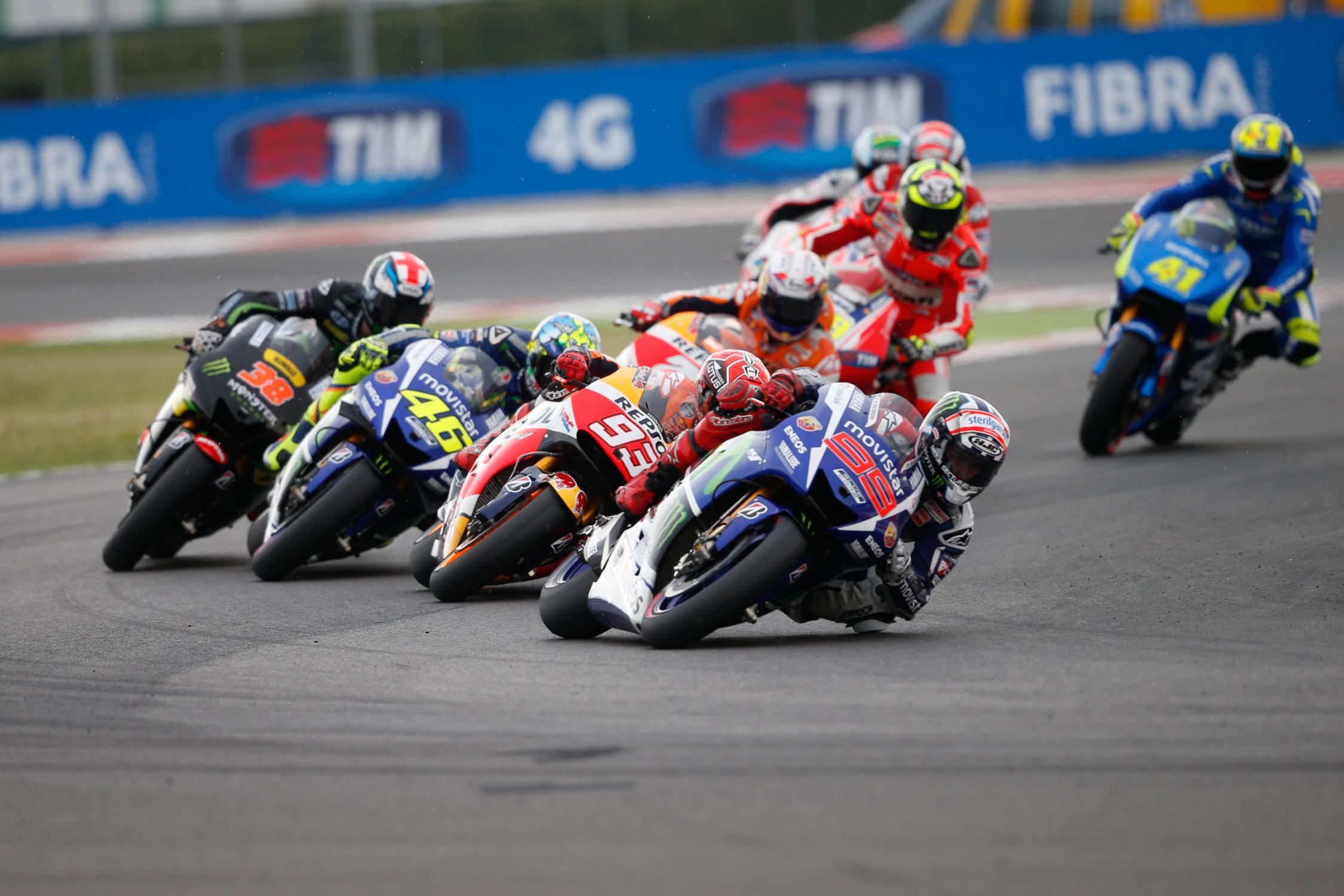 Lorenzo aux commandes de la course dès le départ