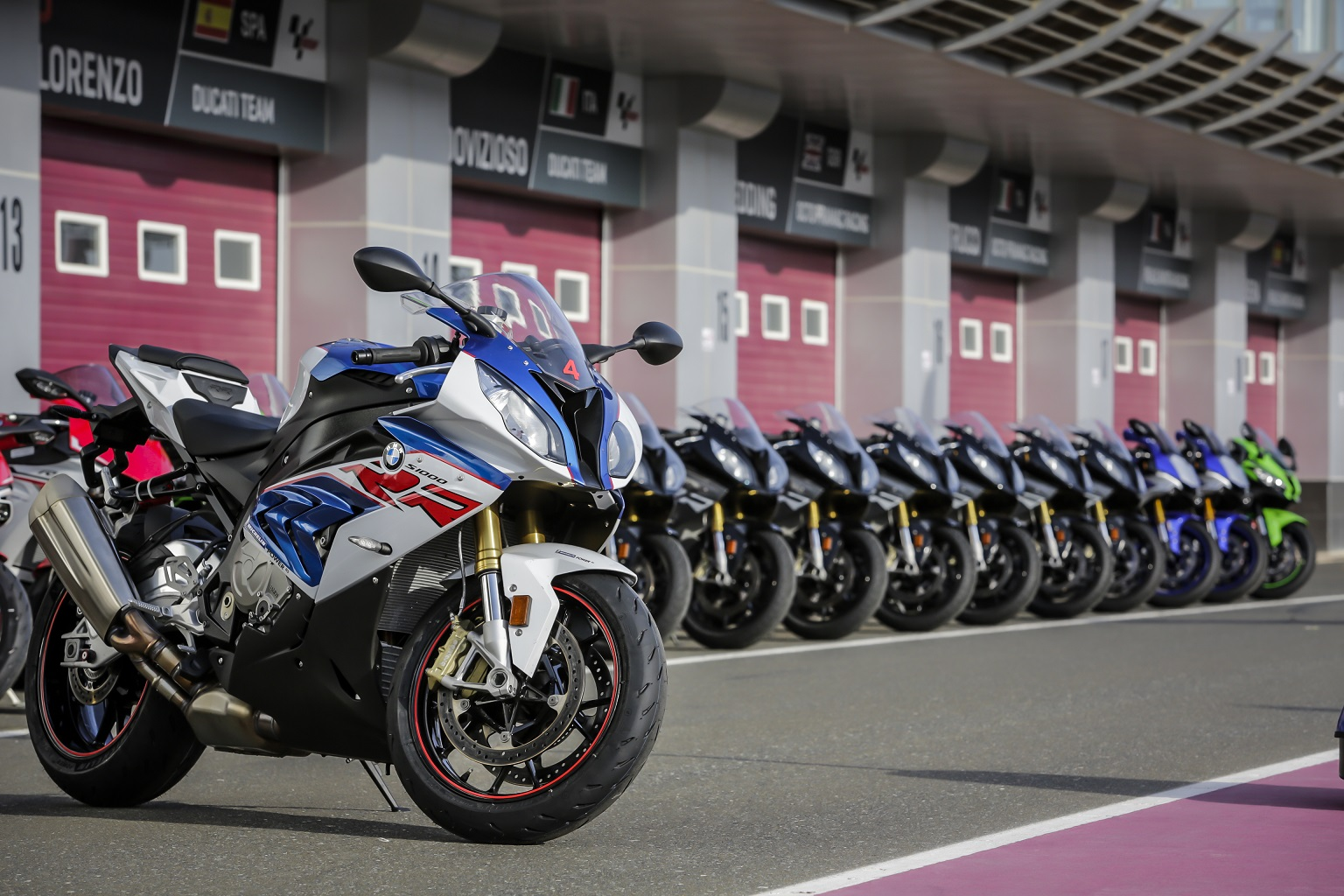 S1000RR, R1M, ZX-10R, Panigale, RSV4, CBR Michelin Power RS