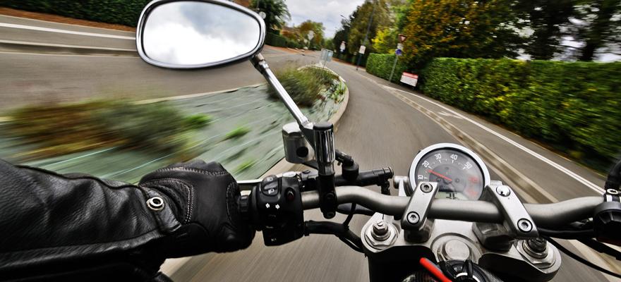 vitesse en moto